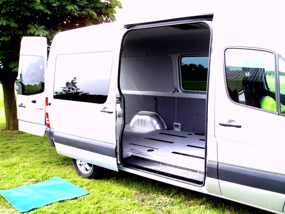 ford transit camper ausbau camping ausbau aus kleintransporter wird camper. Black Bedroom Furniture Sets. Home Design Ideas